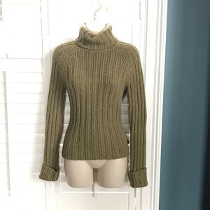 A&F M Lambswool Army Green Turtleneck Sweater